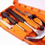 Nożyce do blachy i inne przydatne narzędzia